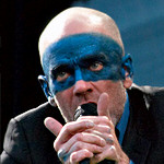 R.E.M. at the Isle of Wight Festival 2005.